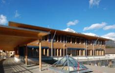 Moderner holzbau  Moderner Holzbau – Speerspitze der Wertschöpfungskette